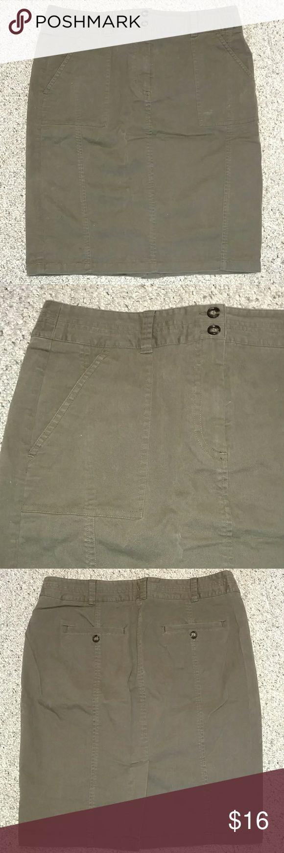 Ann Taylor LOFT milk chocolate khaki pencil skirt 97% cotton, 3 % spandex. Zipper and 2 button front closure. 2 side pockets and 2 back pockets. Rear kick pleat. LOFT Skirts Midi