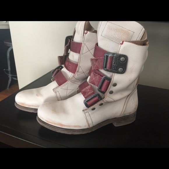 """Fly London Boots Fly London Brand off white vintage style boots for sale. Full grain leather upper, buckles adjust for a snug or loose fit, leather lining, man made sole, 1.2"""" heel. Only worn a few times. Fly London Shoes"""