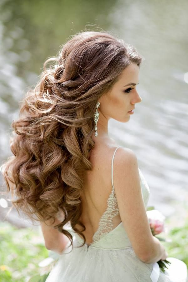 Beautiful Wedding Hairstyle For Long Hair Perfect For Any: 25+ Best Ideas About Wavy Wedding Hairstyles On Pinterest