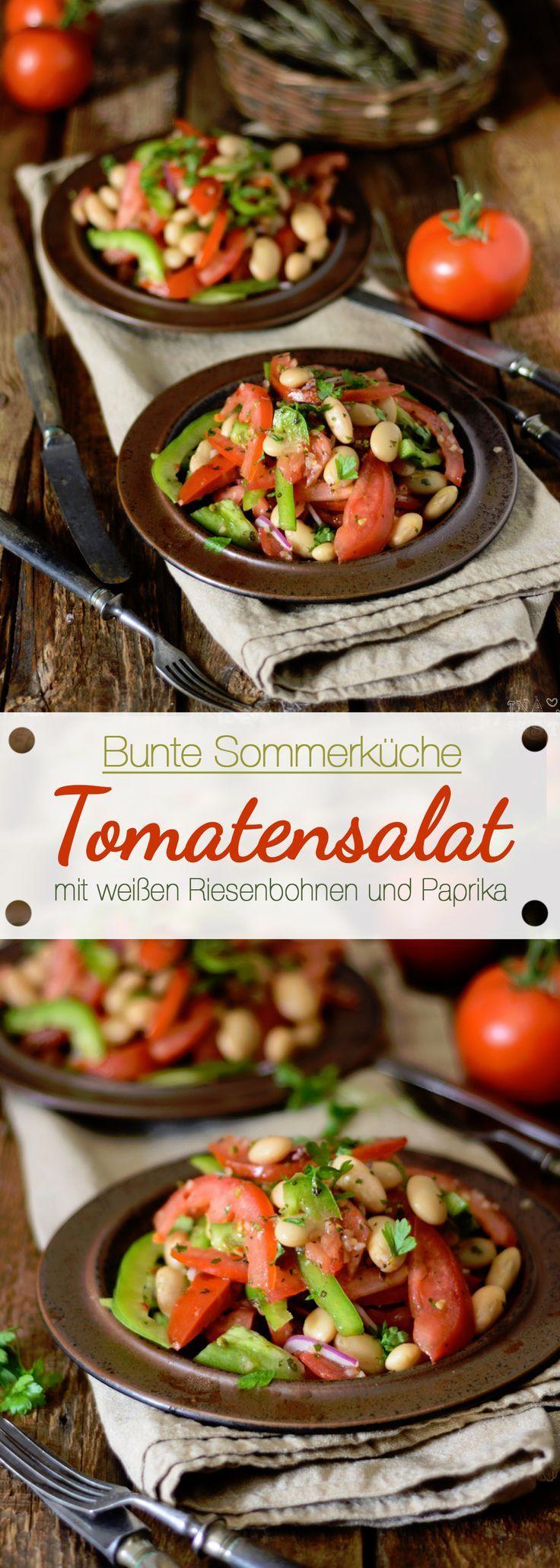 Tomatensalat mit weißen Riesenbohnen und Paprika
