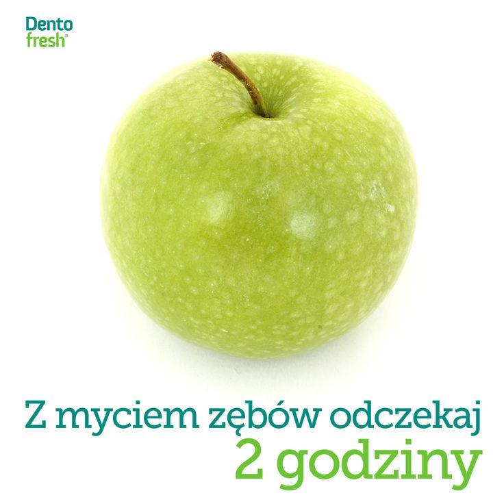 Owoce to nie tylko witaminy ale także kwasy owocowe i cukier. Dlatego nie zaleca się szczotkowania zębów bezpośrednio po jedzeniu owoców - lepiej odczekać 2 godzinny aż efekt kwasów owocowych osłabnie. #dentofresh #dobrarada