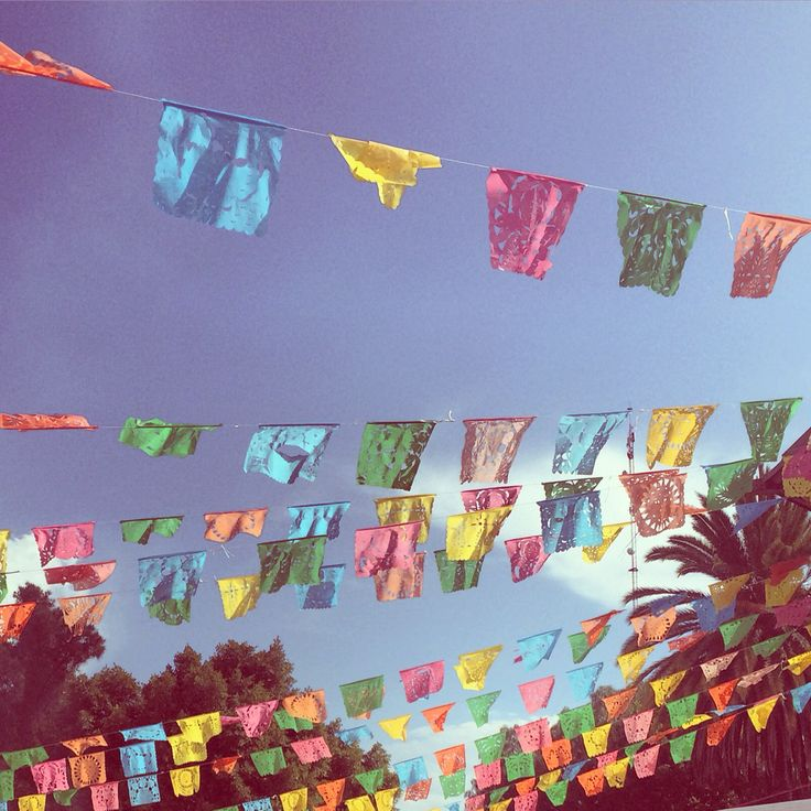 Hojas de papel volando... #mexico
