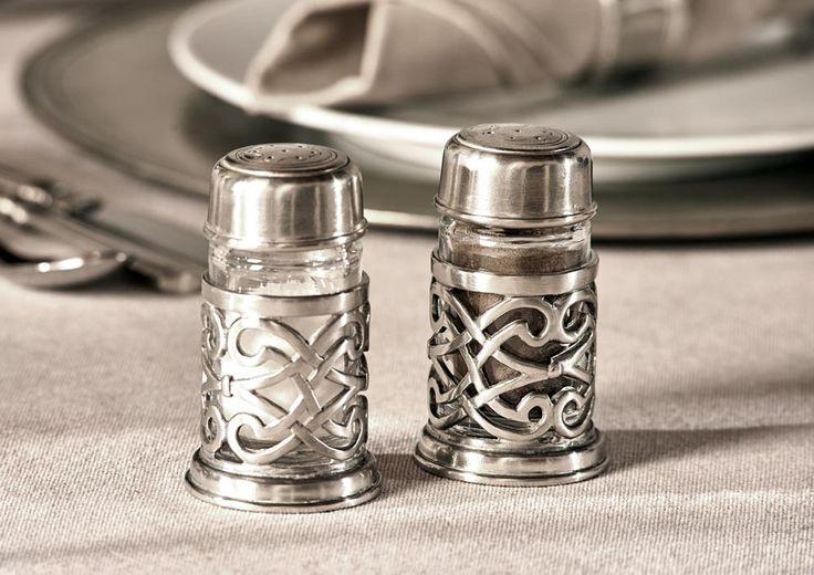 Pewter & Glass Salt & Pepper Cruet Set - Height: 8,5 cm (3,3″) - Food Safe Product - #pewter #glass #salt #pepper #cruet #set #shakers #peltro #vetro #sale #pepe #zinn #glas #salzstreuer #pfefferstreuer #sets #étain #etain #cristal #saliere #poivriere #peltre #tinn #олово #оловянный #tableware #dinnerware #table #accessories #decor #design #bottega #peltro #GT #italian #handmade #made #italy #artisans #craftsmanship #craftsman #primitive