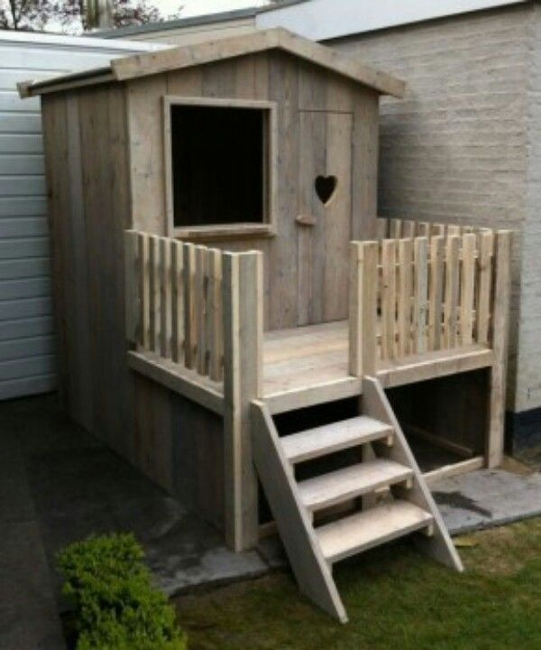 I wish I knew how to build stuff. This would be awesome for my girls.