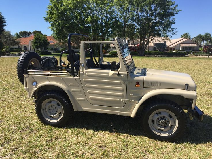 This 1981 Suzuki LJ80 is a clean example that features its
