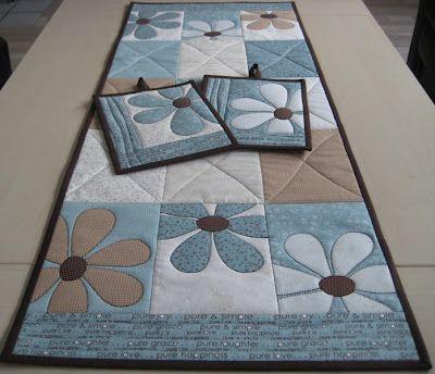 Beautiful quilt table runner - sommerløper