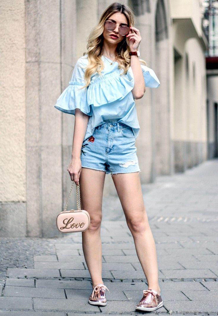 1 Outfit, 5 Trends - Click for Franziska Elea in Music Ambiance http://gv.lauderlis.net/franziska_elea_1.php