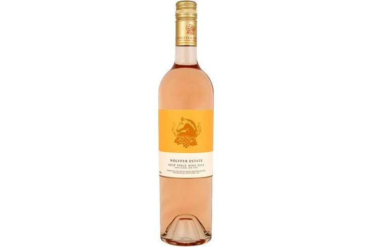 Hello, summer! This light, crisp rosé has a nice balance of sweetness and acidity, with fruit flavors that make us think of apples and kiwi. It's a blend of Mer