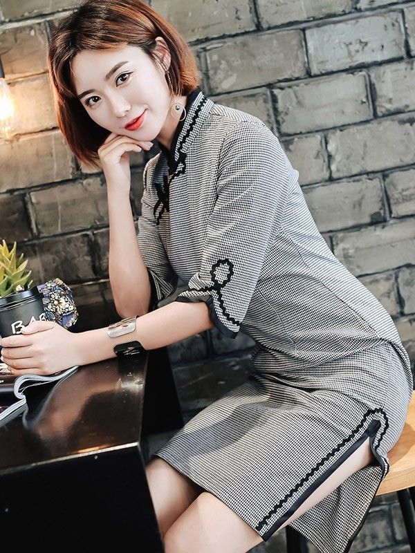 Half Sleeve Grid Midi Qipao / Cheongsam Dress for Winter