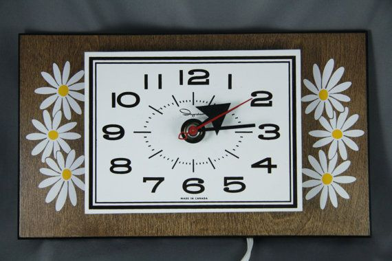 Vintage 70s Ingraham Clock Made in Canada Mid Century by suvarna