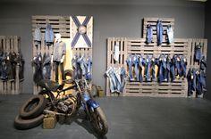 PANORAMA Berlin 2015 Winter – CAMP DAVID & SOCCX DENIM store design