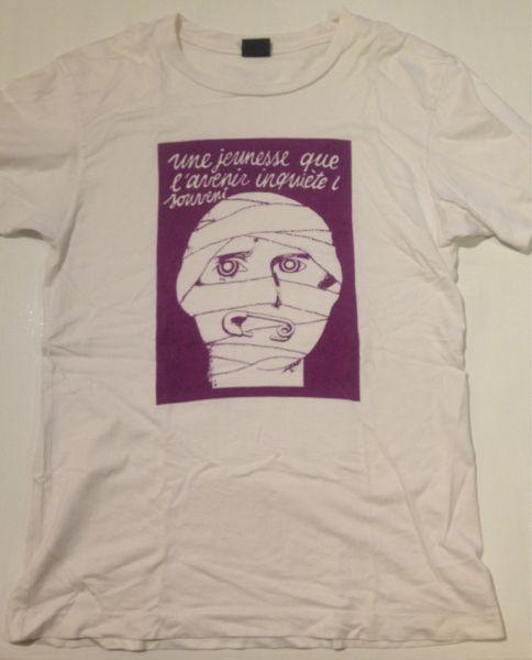 Anonymous, Une jeunesse que l'avenir inquiete trop souvent (young people worry too often about the future)パリ五月革命TシャツLサイズ大阪のセレクトショップで10年ほど前に買いました。1968年五月革命の象徴的なポスター柄です。stern&co.とタグにありドイツ製です。1968年当時、アートスクールの学生だったマルコム・マクラーレンは五月革命に触発されて1972年にLET IT ROCKを開店し...
