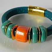 Украшения ручной работы. Ярмарка Мастеров - ручная работа Кожаный браслет Regaliz бирюзово-оранжевый. Handmade.