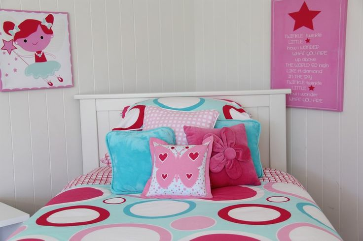Loving how wall art adds some dazzle to a girls room from Patersonrose