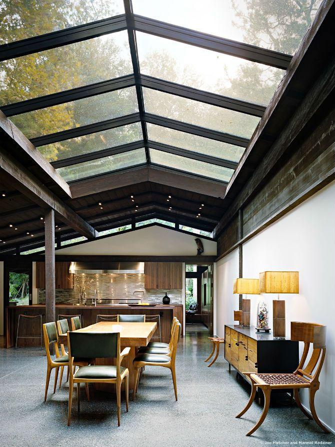 Casual Dining Room Ideas by Marmol Radziner #diningroomsets #diningroomdesign #moderndiningroom dining room decoration, dining room interior design, dining room chairs | See more at: http://diningroomideas.eu/casual-dining-room-ideas-by-marmol-radziner/