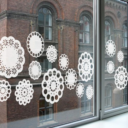 Decoració nadalenca de les finestres.