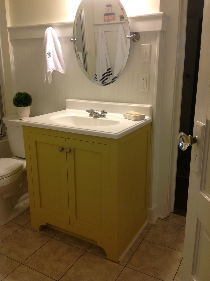 chalk paint bathroom cabinets 32 best ideas about sloan yellow on 13309