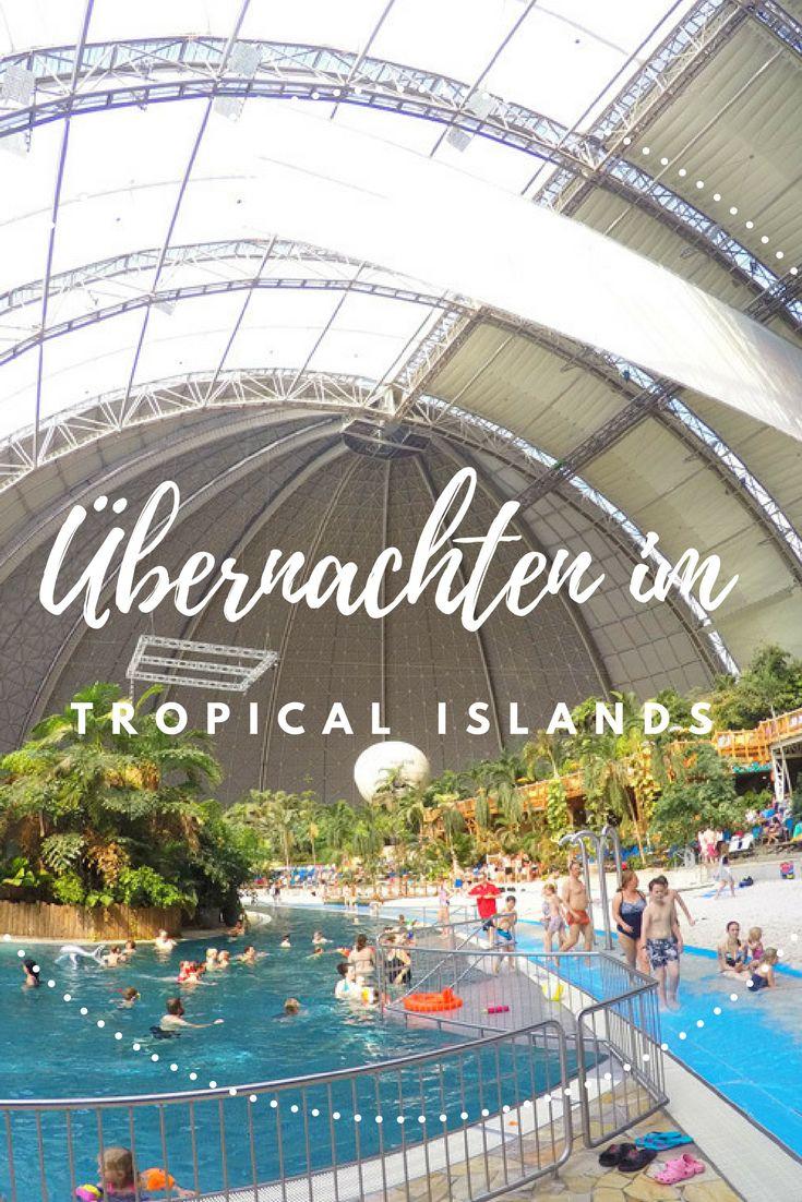 Tropical Islands mit Übernachtung Erfahrungsbericht: Ein Kurzurlaub in bei tropischen Temperaturen in Deutschland. Geht das eigentlich? Na klar! Mitten in Deutschland, nicht weit von Zuhause, fühlten wir uns, als wären wir ganz weit weg. #tropicalisland #tropicalislands #reiseblog #erfahrungsbericht #packliste #tropen #reisebericht