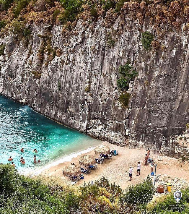 & @diokaminaris present the IGER OF THE DAY of February 7, 2017 - by @s_acco__ 👏⠀⠀⠀ ⠀⠀⠀⠀⠀⠀⠀⠀⠀⠀⠀⠀⠀⠀ ⠀⠀⠀⠀⠀⠀⠀⠀⠀⠀⠀⠀⠀⠀⠀⠀⠀ LOCATION - Xigia beach, ZAKYNTHOS island GREECE - Η παραλία Ξίγκια στο νησί της Ζακύνθου