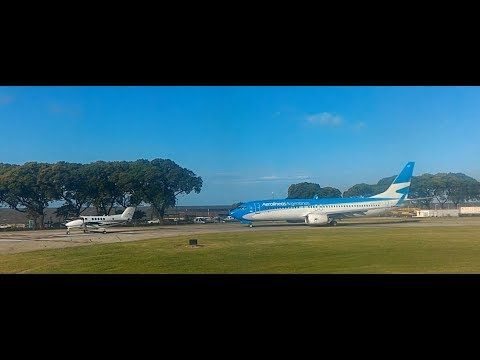 Airbus of LATAM takes off from Aeroparque, Buenos Aire - YouTube