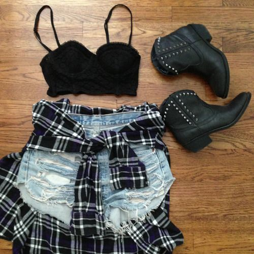 warped tour outfits | STYLE FRESH: MY WARPED TOUR SUITCASE - PUP FRESH