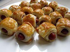 Makkelijker kan het bijna niet met deze mini halal worstenbroodjes. Je hebt ze zo gemaakt en het zijn fijne kleine hapjes om op tafel te zetten.