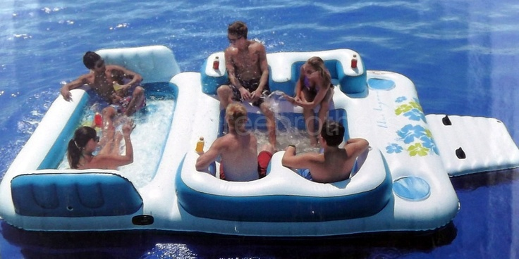 New Giant Inflatable Floating Island