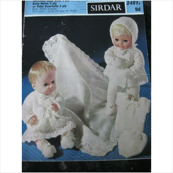 Sirdar knitting pattern 2461 Baby dolls layette for 14