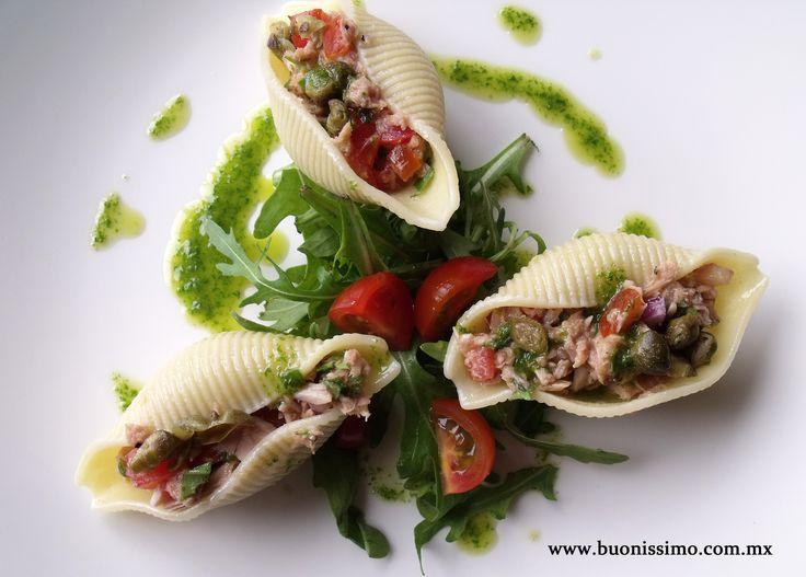 Pasta conchiglioni con atún, jitomate y alcaparras #bocadillos #pasta #buonissimomexico #chalupinski