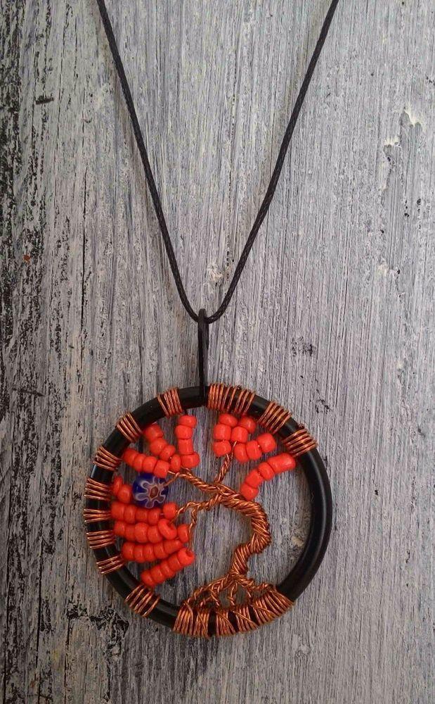 TREE OF LIFE - Collana colore ROSSO lavorazione artigianale - ciondolo cm 4