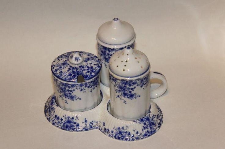 RARE 5 Piece Shelley Dainty Blue Salt, Pepper, Jam/mustard jar with lid and Hand