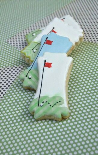 Eileen O'leary McGinley: golf theme cookies. I love the unique shape. :)