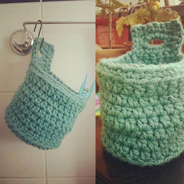 Klammersack, jetzt fliegen die Klammerdinger nicht mehr überall herum <3 #handmade #crochet #häkelliebe #häkeln #wolle #praktisch #madewithlove #melohäkelt #diy