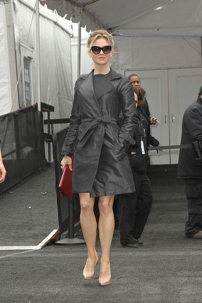 More Pics of Renee Zellweger Leather Coat