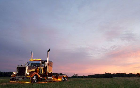 Custom Big Rigs - Tricked out Truck Show Photographs - Big Rig Photo Book - Shell Rotella Calendar Super Rigs