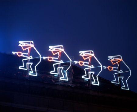 Neon #PZU przy Placu Kościuszki #Wroclaw