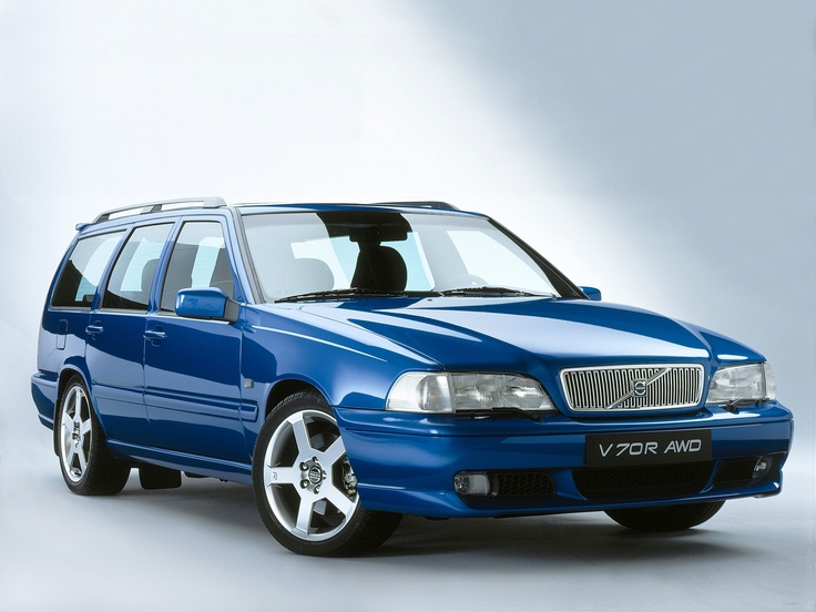 Volvo V70 R----Travel with the kids and wife. In nothing but the best.