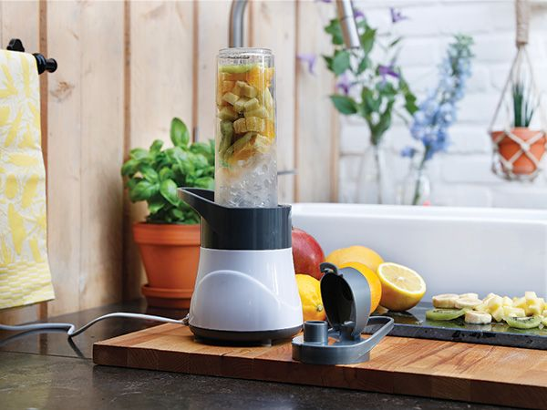 Stay healthy and blend your favourite smoothie or shake right in the 550ml tritan bottle. BPA free. Crushes ice, frozen or fresh fruit, vegetables and even nuts with 300 watts and a stainless steel blade. Including manual with healthy smoothie recipes.