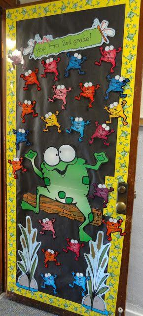 Porta da sala de aula enfeitada com tema sapinho, sapos ou jardim ~ ESPAÇO EDUCAR