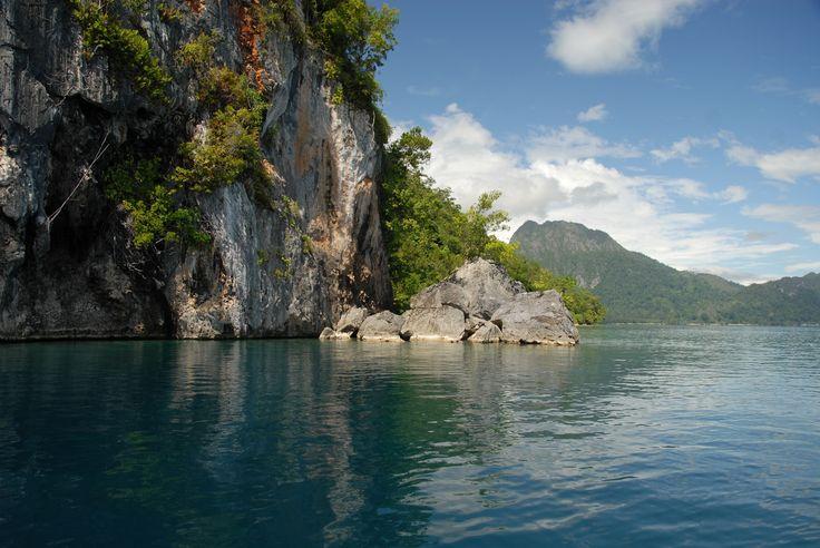 Ambon, Seram, Lease • A Moluccan stroll   KASOAR TRAVEL