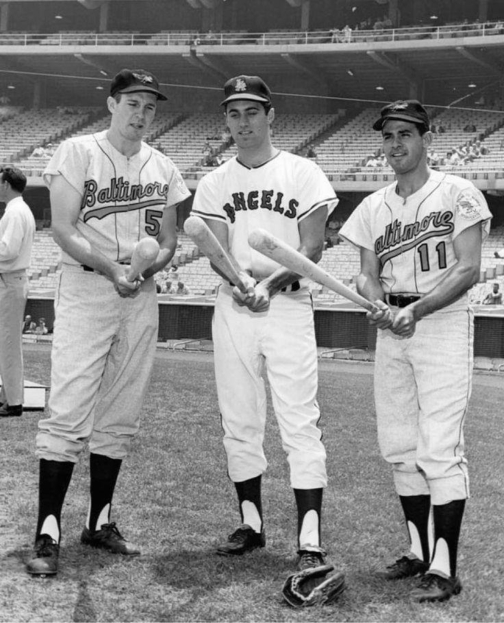 Brooks Robinson Jim Fregosi & Luis Aparicio previo al juego de estrellas de 1964 New York.  GRANDES!  #BrooksRobinson #JimFregosi #LuisAparicio #BaltimoreOrioles #Baltimore #Orioles #AnaheimAngels #Angels #Baseball #TbtBeisbol #BeisbolCronico #MLB