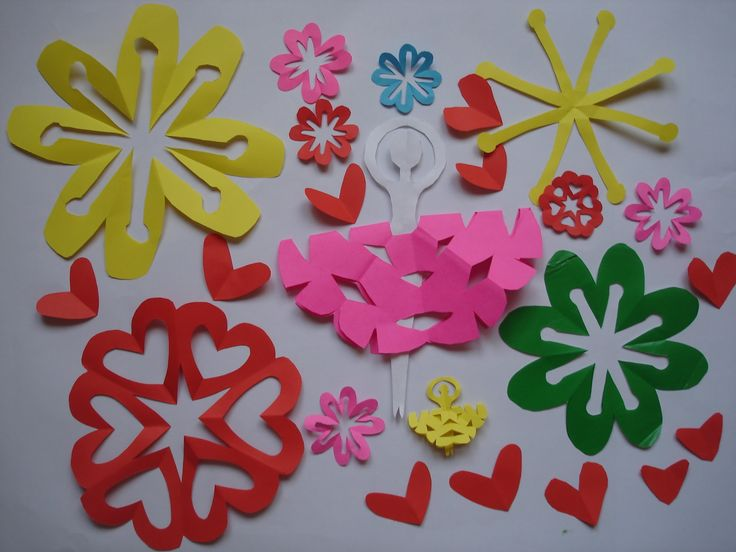 Mandala Corazon, Flor y Bailarina en Kirigami. Kirigami heart, flower and ballet dancer.
