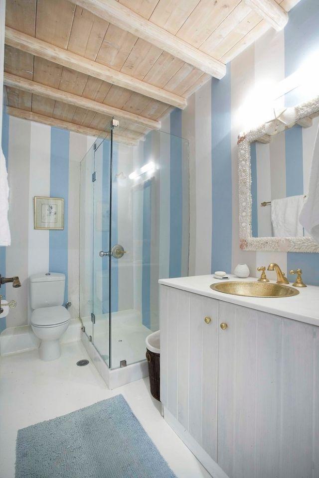 Regelmassige Langssteifen Mediterranes Badezimmer Balkendecke Badezimmer Design Armaturen Bad Badezimmer Dekor
