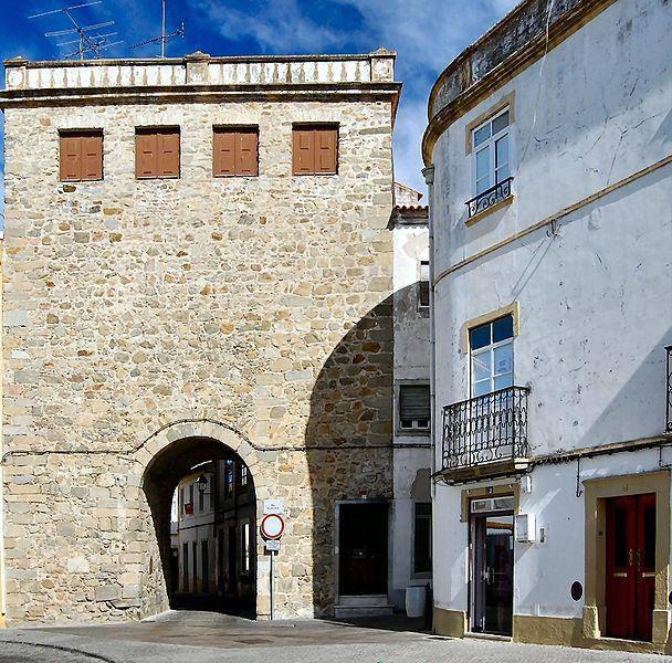 Portalegre, Alentejo, Portugal. Portas de Alegrete.