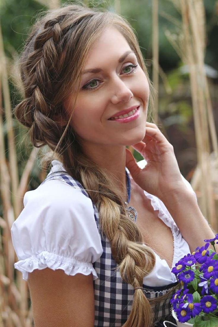 best 25 oktoberfest hair ideas on pinterest open hairstyles crown braid hair and crown braids. Black Bedroom Furniture Sets. Home Design Ideas