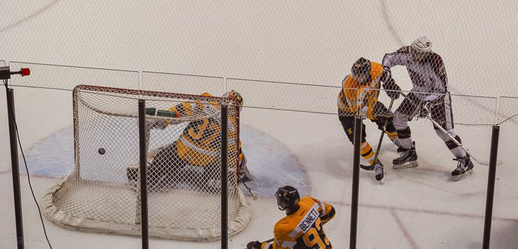 This one got by Mahalak...Kingston Frontenac's Playing the Peterborough Pete's February 7th, 2014 7/6 Overtime win!
