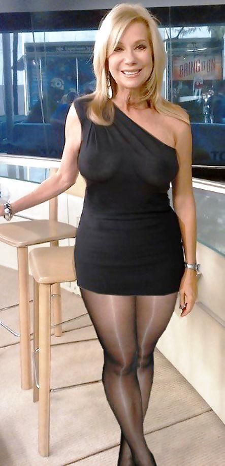 Matures And Pantyhose Huge 21