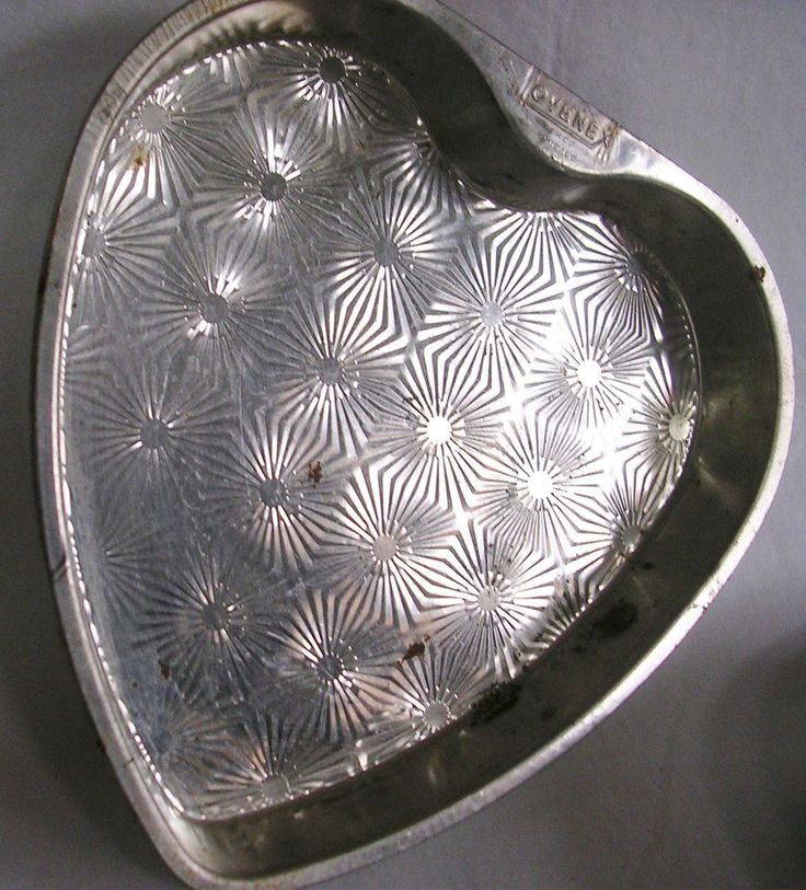 heart cake pan 17 best images about vintage ekco starburst tins on 4764