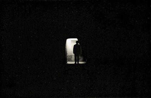 """istmos: """"Пауло Nozolino,"""" Лимбо """", 1985"""" Образы молчат, они не говорят, но я чувствую их.  Цель состоит в том, что они достигают внутренностях людей, глядя на них.  Это как своего рода крик, рвоте в мире мы живем сегодня, (...) Я очень ..."""