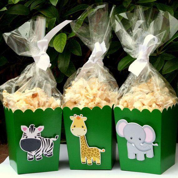 Safari baby shower food idea – popcorn treat bags